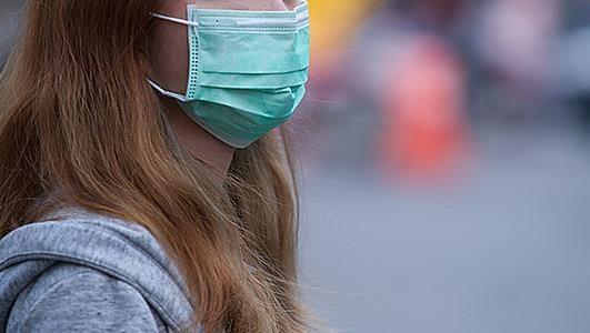 Η προστατευτική μάσκα για τον κορωνοϊό είναι υποχρεωτική